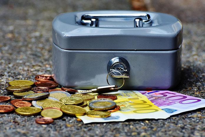 Czy istnieje obowiązek posiadania kasy fiskalne jw sklepie internetowym?